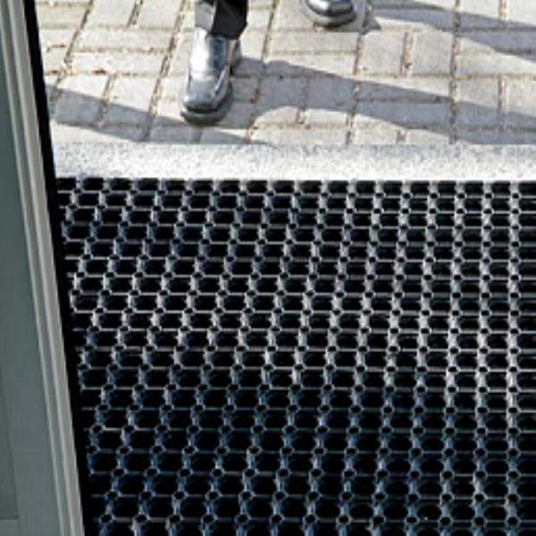 Ringloch Gummi Schmutzfangmatte Mit Geschlossenem Boden Robust